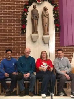 Christmas decorating 2018 1
